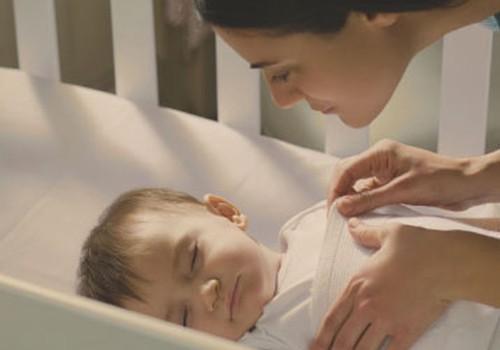 Johnson's Baby Bedtime miega rituāls ar lavandu un kumelītēm mierīgam miedziņam