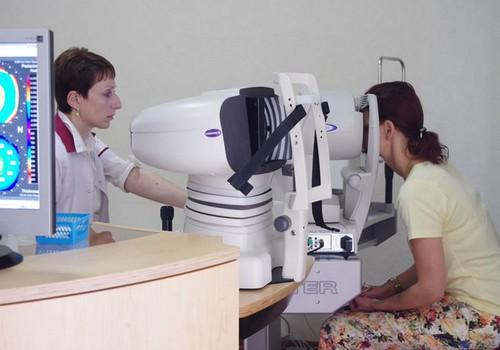 Prof. I.Solomatins: Sievietes drosmīgākas izvēlē par labu redzes lāzerkorekcijai