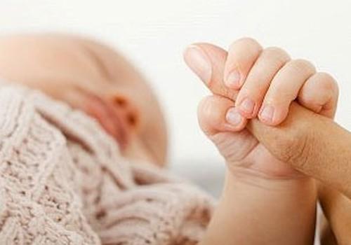 Bēbīša miedziņš no 6 līdz 9 mēnešu vecumam