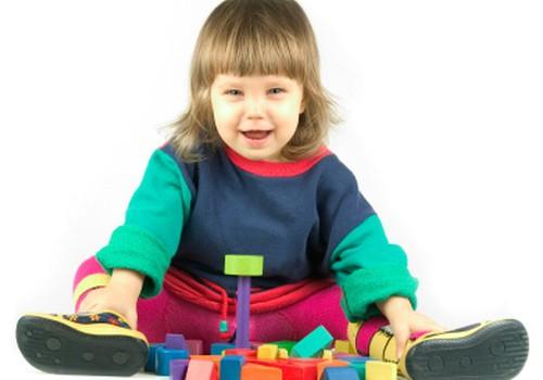 Rotaļlietas 18 līdz 24 mēnešus veciem bērniem