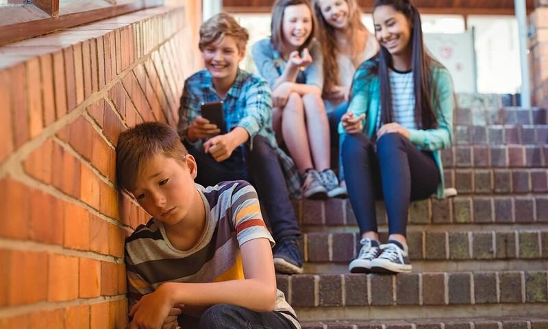 Vienoti pret mobingu - mazinās skolās esošo emocionālo un fizisko vardarbību