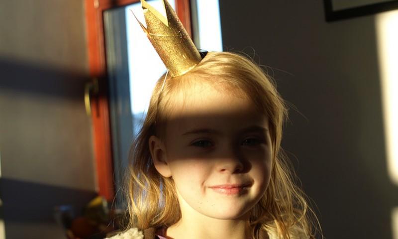 Brīvdienu radošā darbnīca: kronītis princesēm