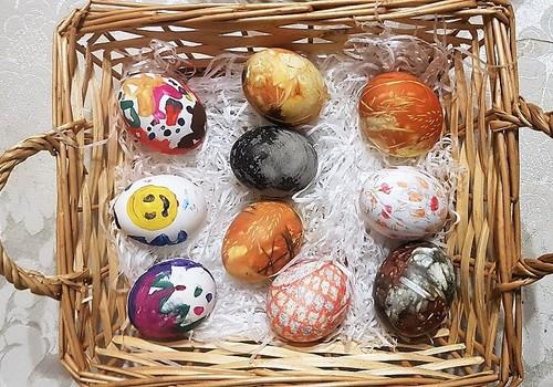 Kā tās olas krāsosim? 3 pārbaudītas idejas!