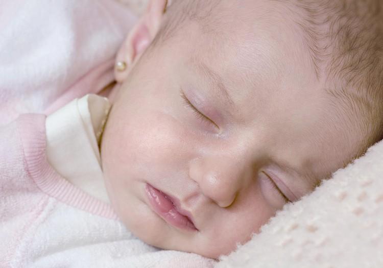 Kā palīdzēt pekai aizmigt?
