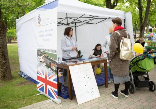 Britu skola parādīja, kā interesanti un interaktīvi apgūt angļu valodu