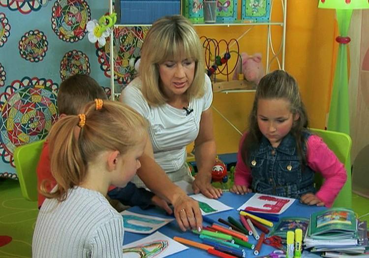Jūsu bērns rotaļājoties var iemācīties lasīt un rakstīt!