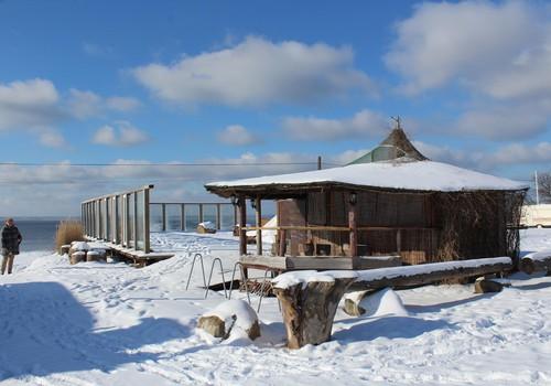Ziema šķērlis - pastaiga gar jūru Tūjā