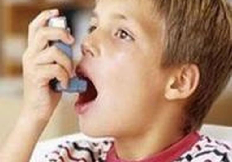 Astmātiskiem bērniem iesaka vairāk peldēt