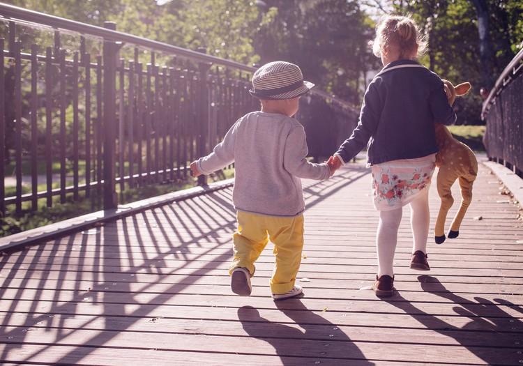 Bērnu drošība prasa visas sabiedrības iesaisti