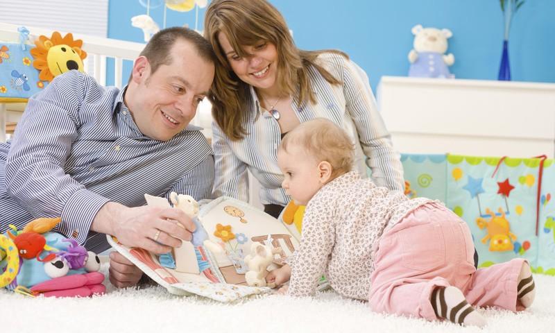 Aptauja: Vecāki uzskata, ka bērni vismazāk pasargāti ir rotaļu laukumos un uz ielām