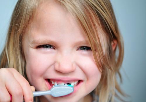 Kurā vecumā bērniņš pirmoreiz jāved pie zobārsta?