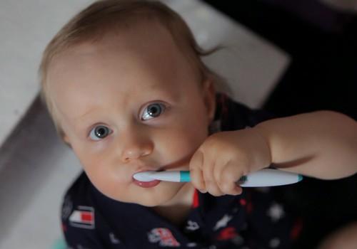 Jautā ārstam: Mazuļa mutes dobuma un zobiņu kopšana