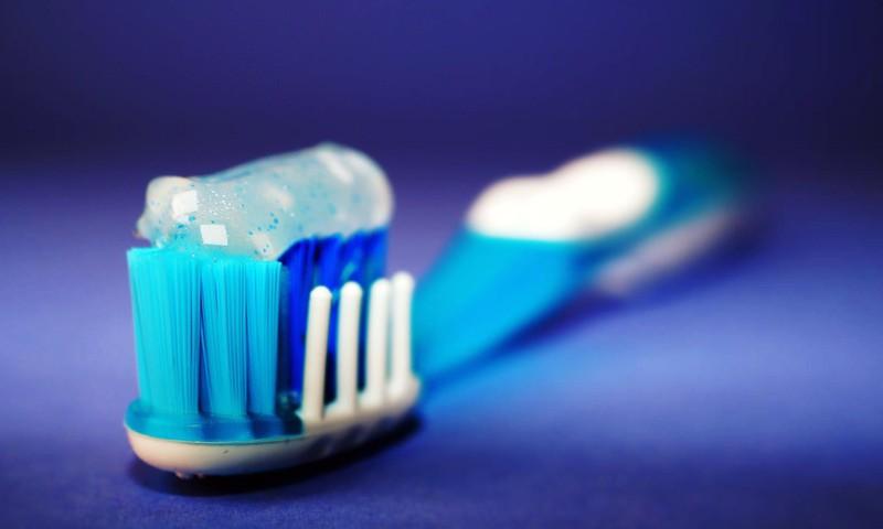 Viss par bērna pirmajiem zobiņiem