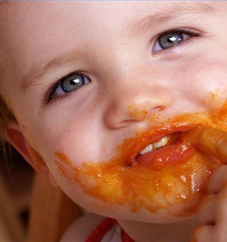 Ko ēd mazulis gada vecumā?
