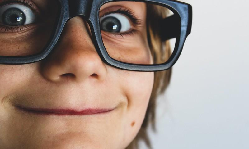 8 idejas, kā veicināt bērna loģiskās domāšanas attīstību