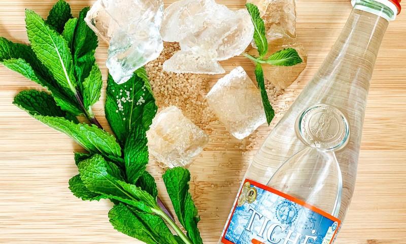 Vai zini, cik daudz ūdens tev dienas laikā jāizdzer?