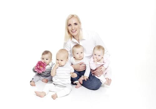 """""""Māmiņu Klubs"""" kļūst par dzīvesstila raidījumu ģimenes sievietēm, turpmāk skatāms televīzijā sievietēm """"STV Pirmā!"""""""