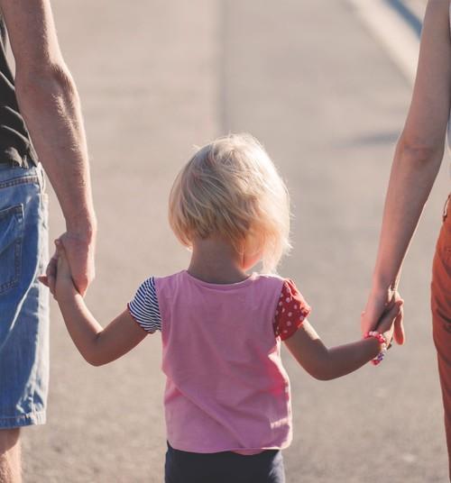 Uzkrājošā dzīvības apdrošināšana – vērtīga dāvana bērnam