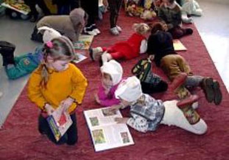 Septembrī Rīgas bērnudārzos vietas trūks aptuveni pusei rindā reģistrēto bērnu
