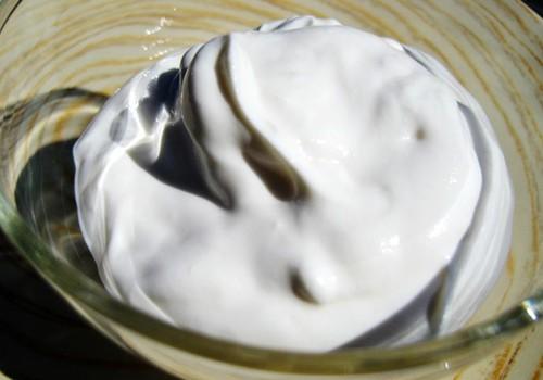 Kefīra matu maska