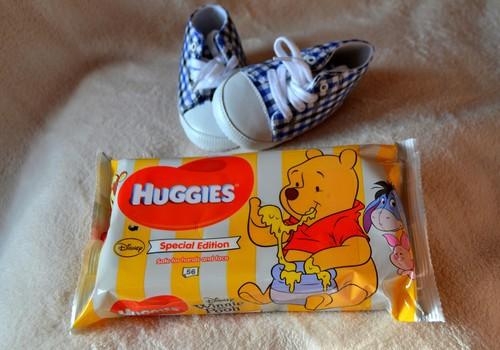 2015.gada vasaras JAUNUMS - DISNEY Winnie the Pooh mitrās salvetes