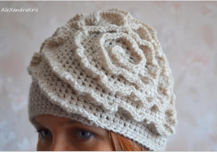 MEISTARKLASE: Sieviešu cepure ar volāniem