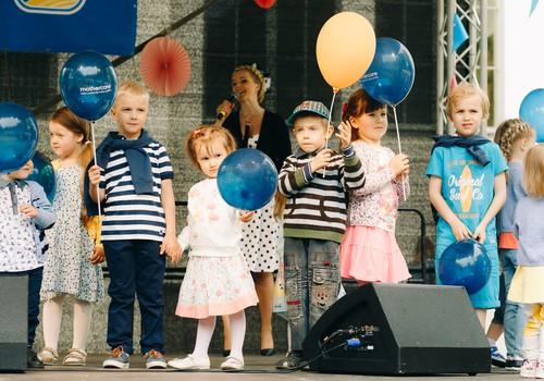 Mothercare modes skatē varēja uzzināt jaunākās bērnu modes tendences
