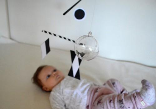 Kas ir Montessori mobilīši zīdaiņiem?