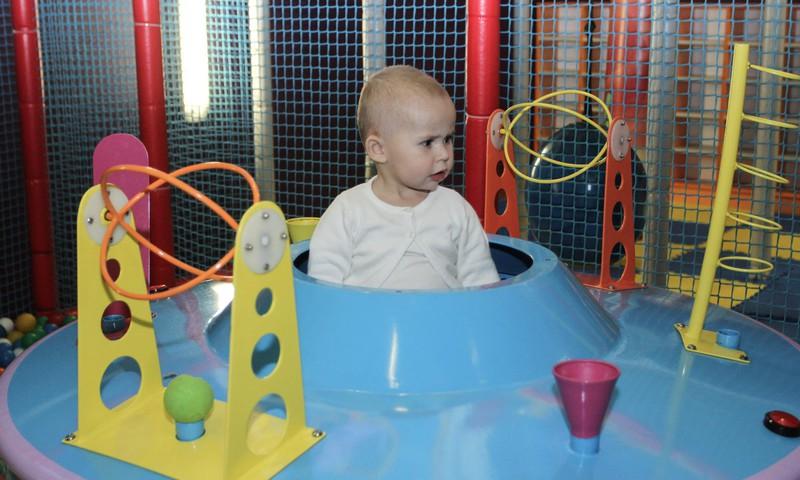 Psiholoģe: bērni jāslavē par centību darba procesā, nevis rakstura iezīmēm