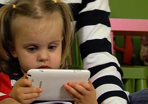 VIDEO: kā bērnu audzināt mūsdienu tehnoloģiju laikmetā?
