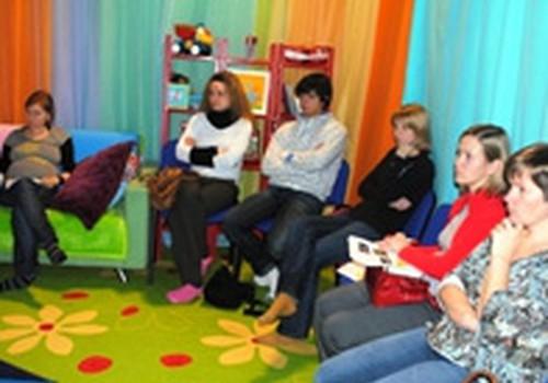 Māmiņu Kluba Vecāku skolas programma no 1. līdz 5.februārim