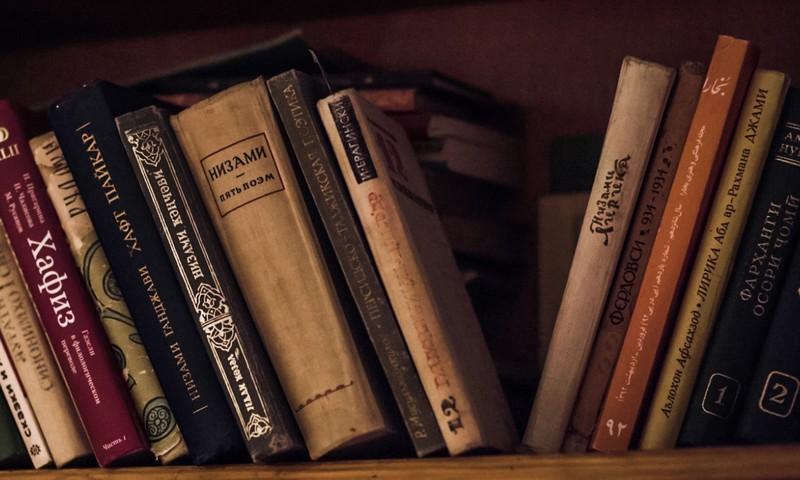 Bibliotekāri aktīvi iesaistās lasīšanas veicināšanas projektā un iesaka vērtīgas grāmatas dažādām paaudzēm
