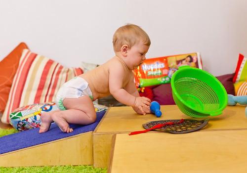 Kā kopt bērnu rotaļlietas?