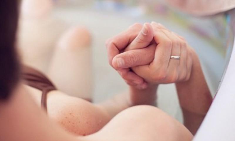 Kādu atbalstu dūla sniedz topošajai un jaunajai māmiņai?