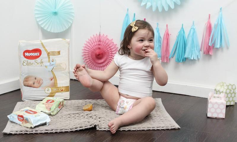 Padomi jaunajām māmiņām: mūsu palīgs bērniņa aprūpē - Huggies® mitrās salvetes