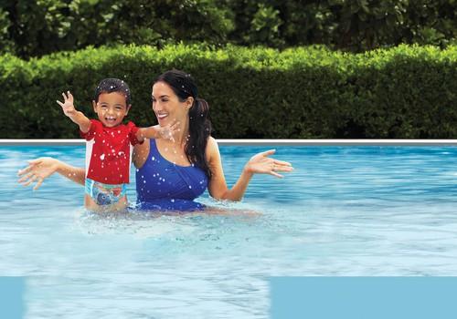 Ko darīt, ja mazulis aizrijies ar ūdeni un citi drošības ieteikumi ūdenī