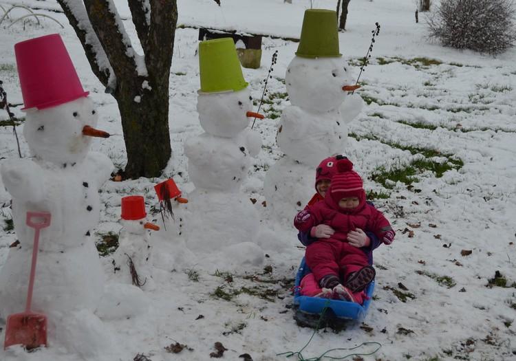 Mūsu pirmais sniedziņš, mūsu pirmie baltie prieki