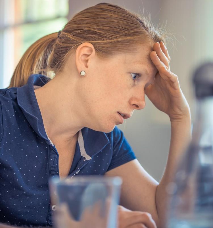 Ko darīt, ja grūtniecei sāp galva?