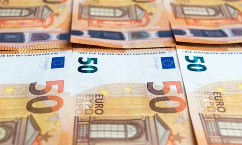 Par sejas maskas nelietošanu publiskā vietā būs sods līdz 50 eiro