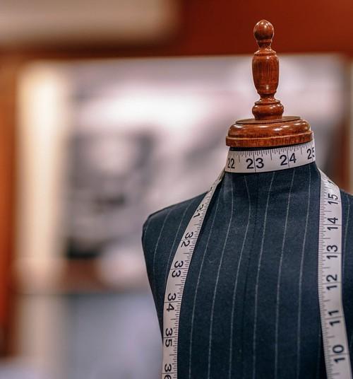NODERĪGI: Apģērbu un apavu izmēru tabula bērniem un pieaugušajiem