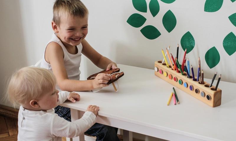 #PaliecMājās: Idejas, kā interesanti un vērtīgi pavadīt mājās laiku ar bērnu