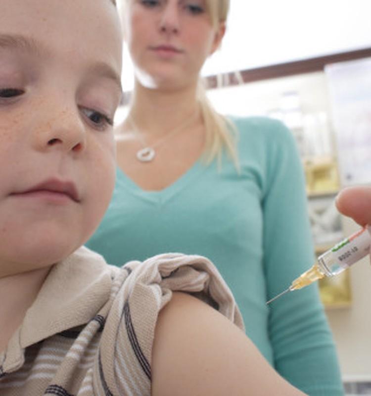 Tikai daži būtu gatavi vakcinēties pret cūku gripu