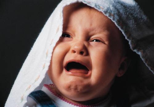 Mazulis, ieraugot citu mazuli, raud