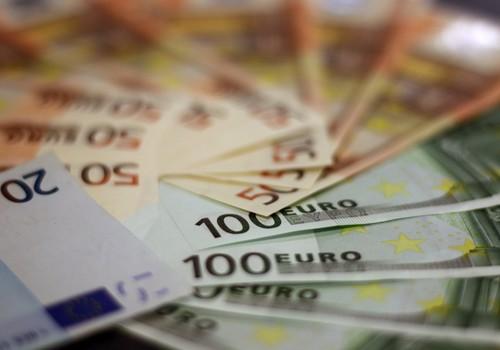 Noteikta 150 eiro vienreizēja piemaksa pie valsts pabalsta par bērnu invalīdu
