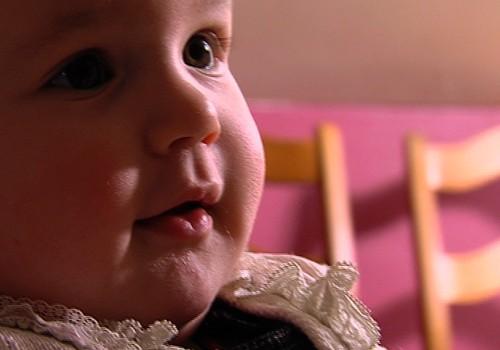 Labdarības akcijas VIDEO: Palīdzēsim Māras centra krīzes māmiņām