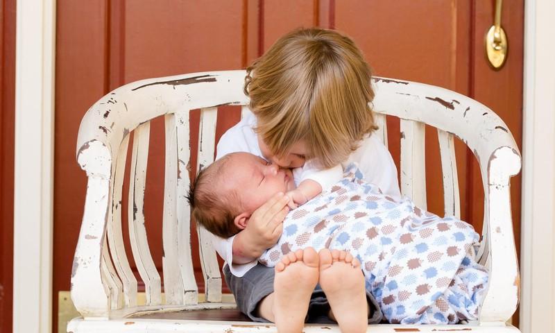 Sagatavojam vecāko bērnu jaunākā ģimenes locekļa ienākšanai ģimenē