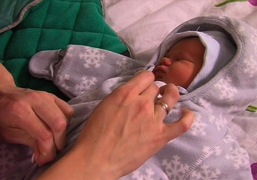 Superbēbja seriāla VIDEO: Dodamies pastaigā ar jaundzimušo