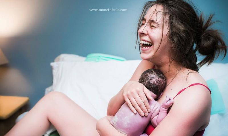 Miers, paļāvība, iejūtīgums un gudrība- tas viss piemīt vislabākajai vecmātei AIVAI ZEIDMANEI