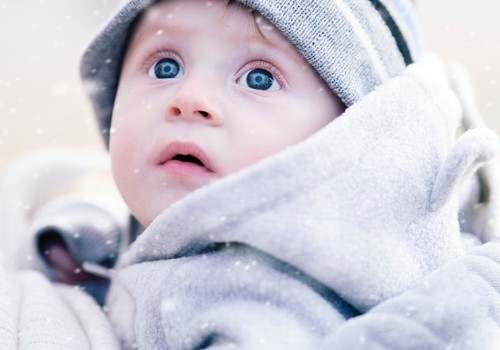 5 populārākie mīti par bērniem un aukstu laiku