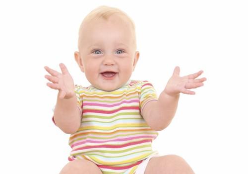 Ja bērniņš raud un bēg prom, kad viņam tiek piedāvāts podiņš